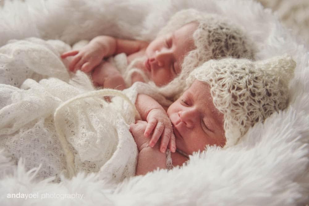צילומי ניובורן תאומים