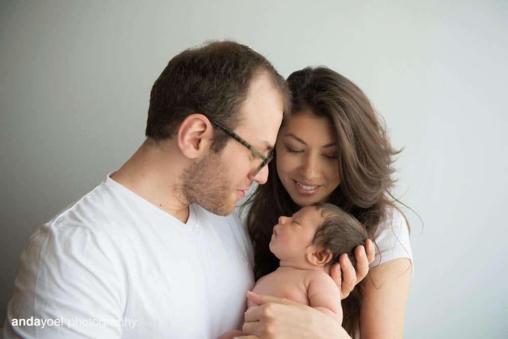 צילומי תינוקות ניובורן