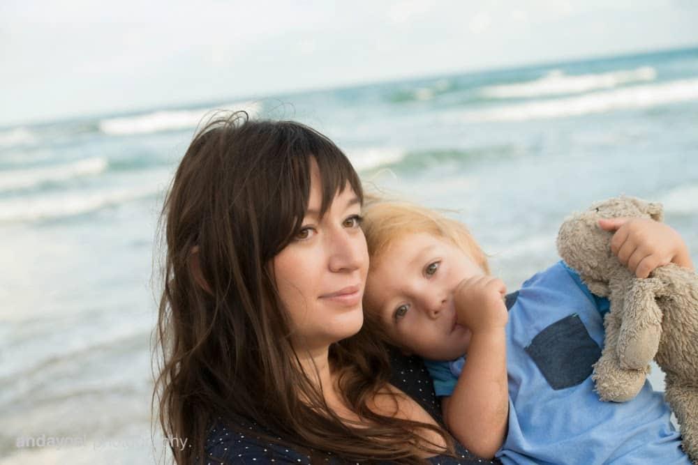 צילומי הריון ומשפחה בים