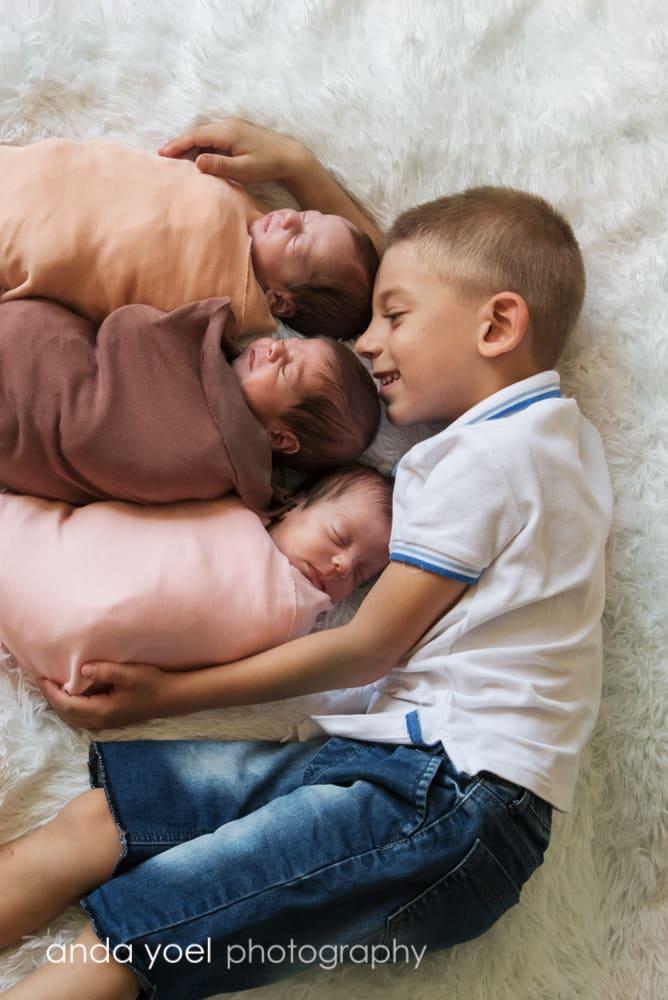 צילומי תאומים ושלישיות - אנדה יואל