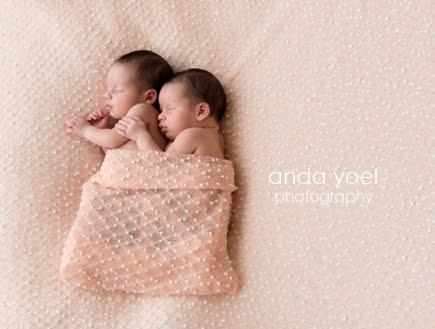 צילומי ניו בורן תאומות בסטודיו - אנדה יואל