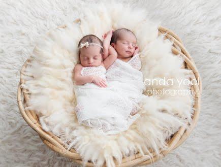 צילומי ניו בורן תאומים בסלסת קש - אנדה יואל
