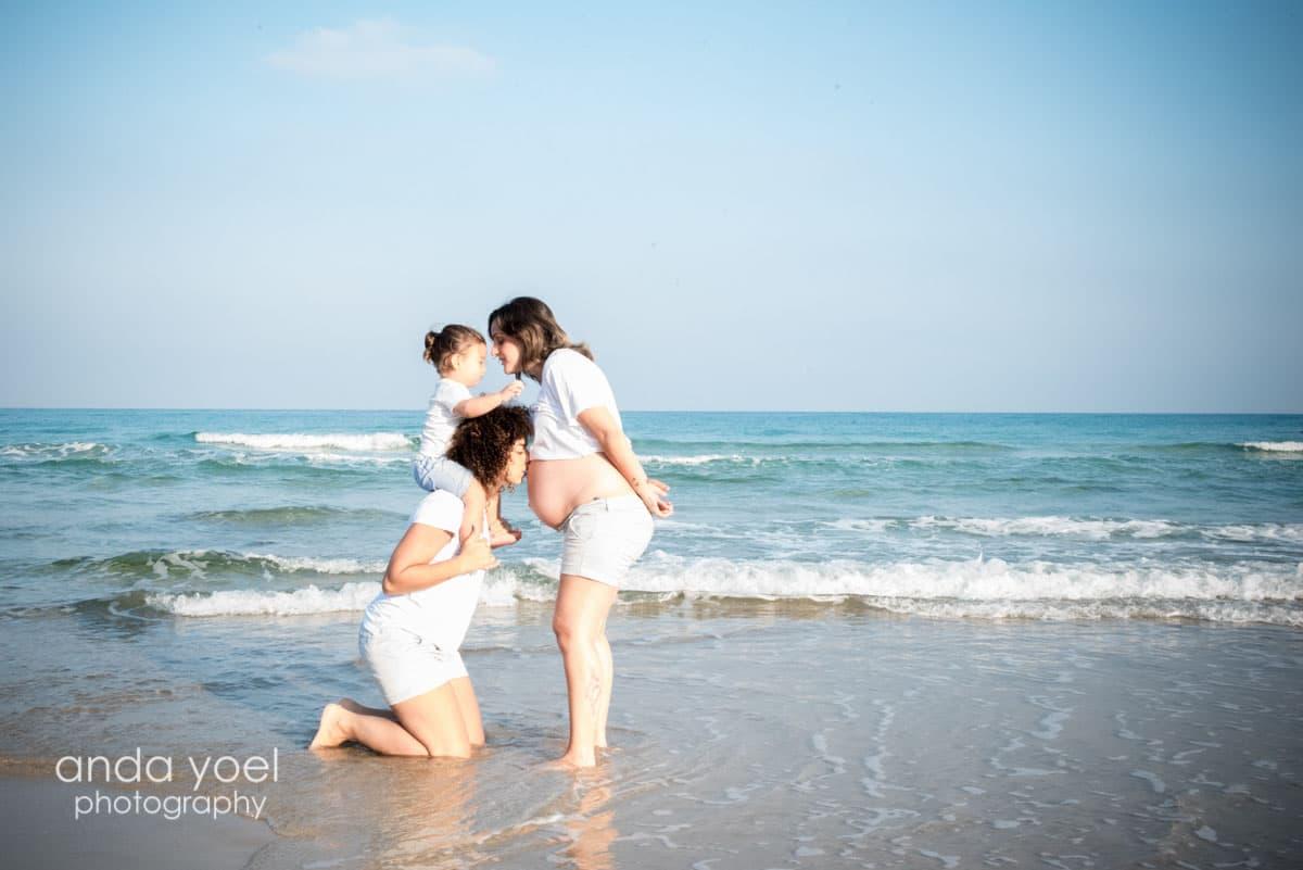 צילומי הריון בזריחה מסדרת צילומי ההריון של אנדה יואל