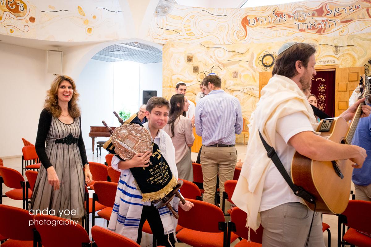 צילום משפחה מורחבת - ארוע בrבר מצווה בבית דניאל - אנדה יואל