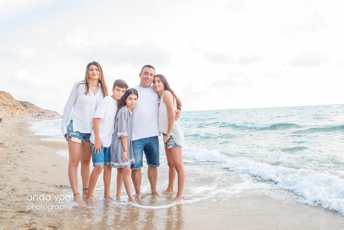 צילומי משפחה בטבע בים - אנדה יואל
