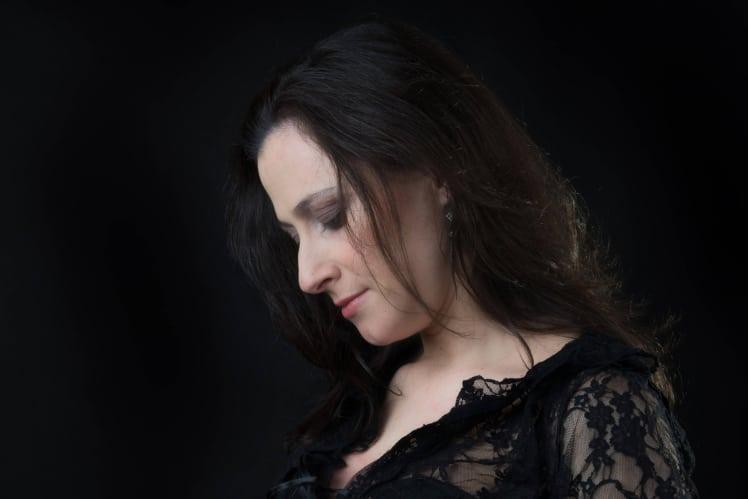 צילומי תדמית נשים - קרן מוצרי - אנדה יואל