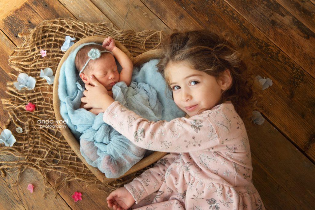 ג'ואלין ואליאנה (הבנות של ליהיא גרינר) צילומי ניובורן - אנדה יואל