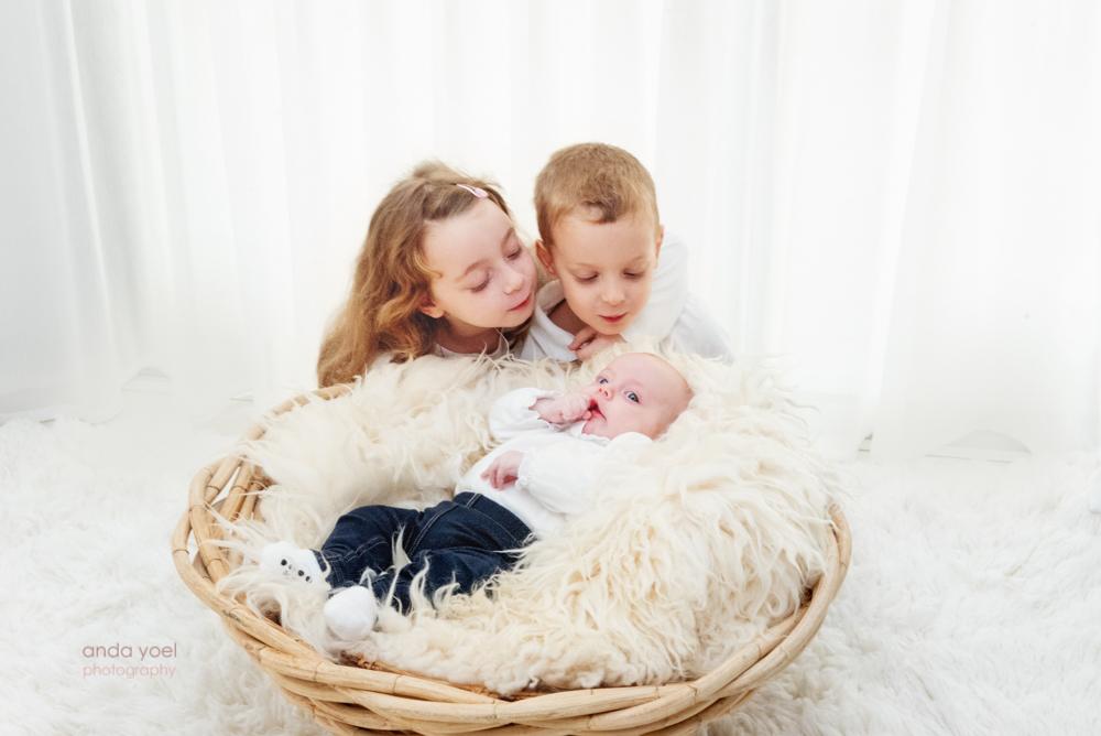 לליבי בת שלושה חודשים בצילומים בבית - אנדה יואליבי בת שלושה חודשים בצילומים בבית - אנדה יואל