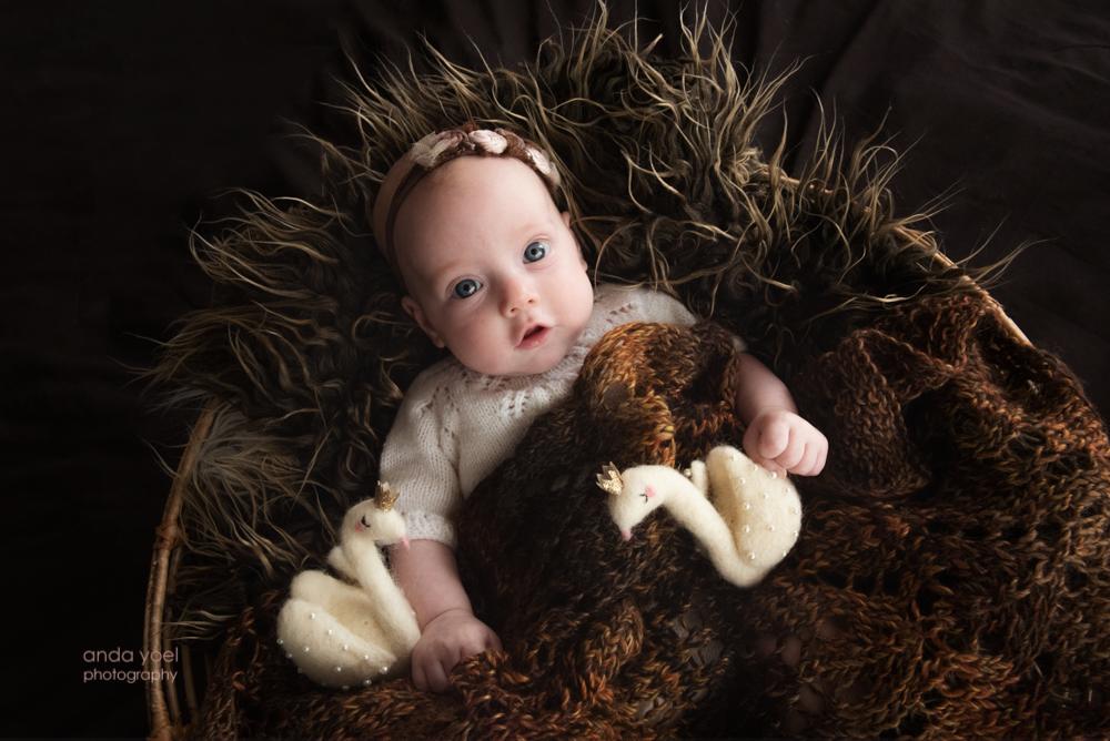 ליבי בת שלושה חודשים בצילומים בבית - אנדה יואל