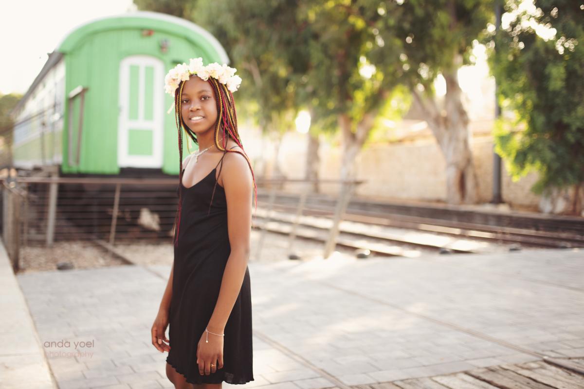 בוק בת מצווה בתל אביב לשירה - אנדה יואל