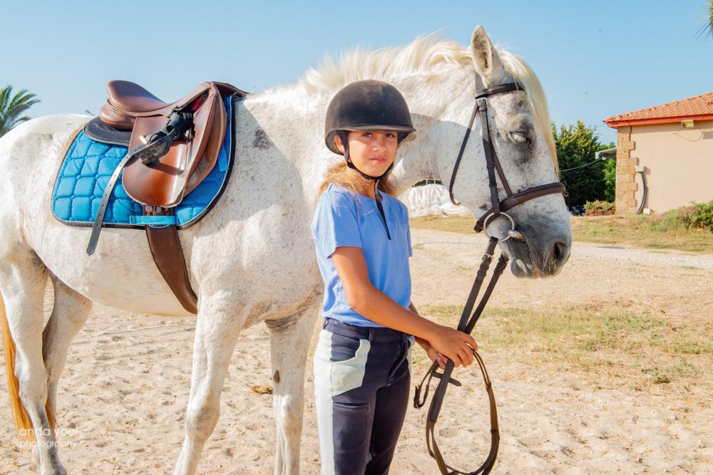 בוק בת מצווה בחוות סוסים - אנדה יואל