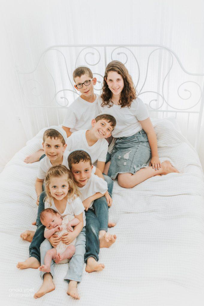 צילומי ניובורן משפחה גדולה