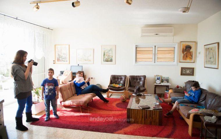 צילומי משפחה בבית DIY עשו זאת בעצמכם