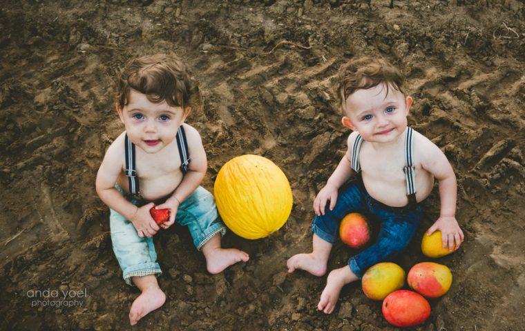 צילומי גיל שנה בטבע לתאומים עתי ויונתן (איך סשן נולד?)